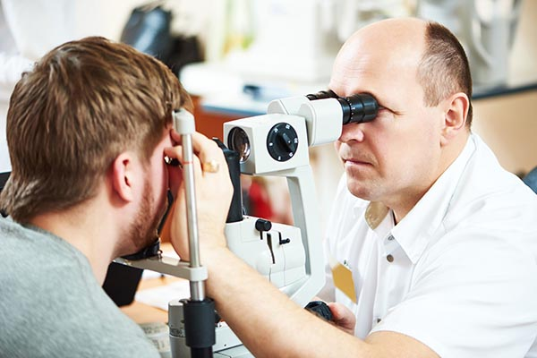 Standard ophthalmic exam