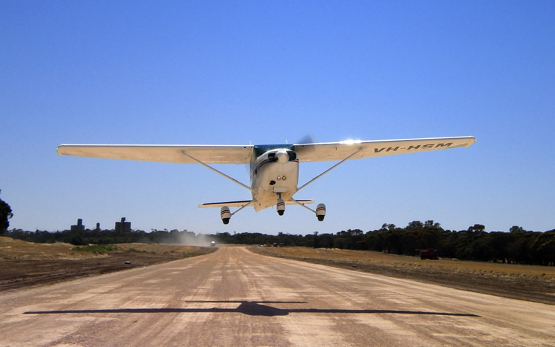 Commercial-Pilot-Licence-HSM-take-off